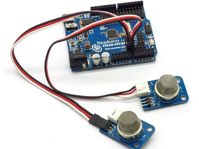 Using a 12V lighted toggle switch with an Arduino